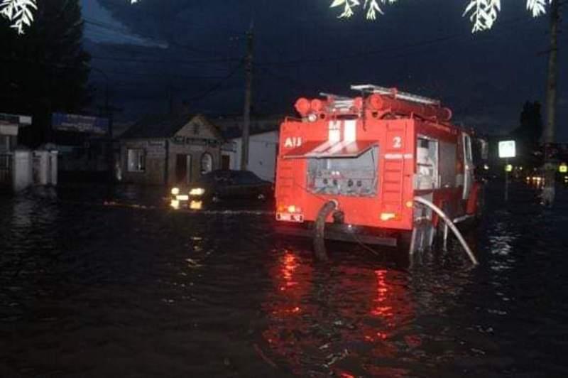 Підтоплення сталося через зливу