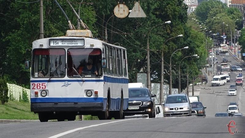 У всіх хмельницький тролейбусах встановлені валідатори
