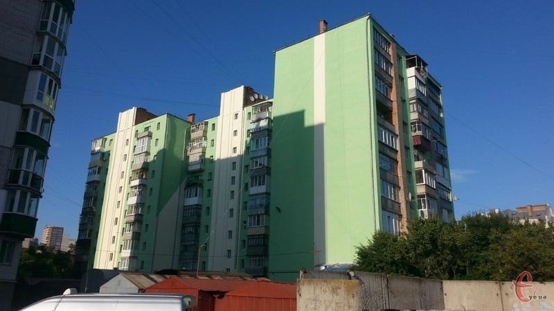 Утеплення будинків, які подалися до настання законодавчих змін, у Хмельницькому поки що проводиться без врахування енергетичних сертифікатів