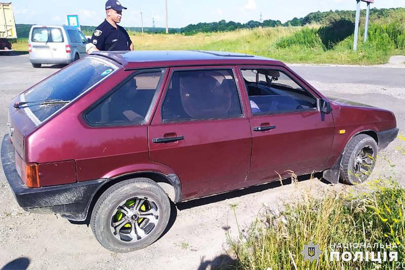 На Хмельниччині член громадського формування допоміг поліцейським затримати злодіїв-гастролерів