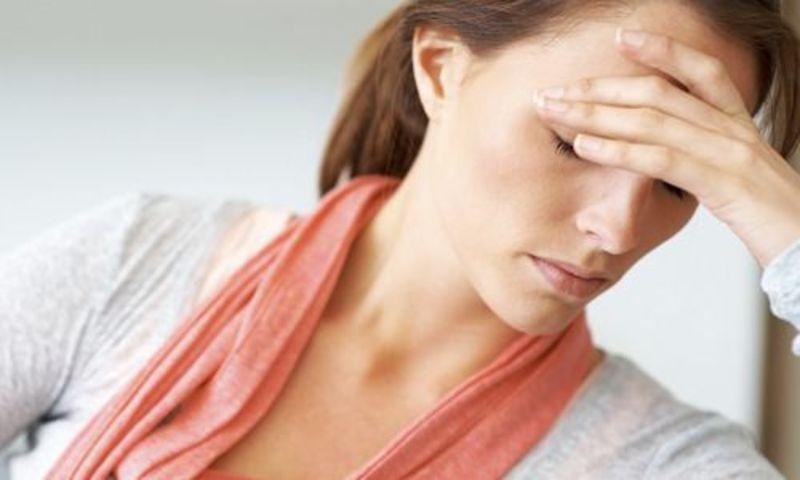 Найчастіше симптоми розсіяного склерозу розвиваються у 20-40 років. Жінки хворіють вдвічі-втричі частіше, ніж чоловіки