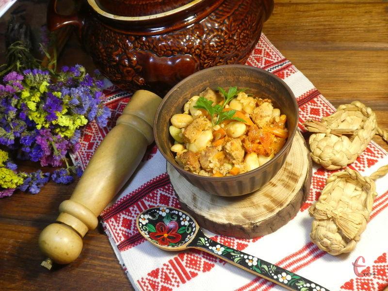 Дуже смачна закарпатська страва для любителів овочів, квасолі й перловки, ситна й дуже корисна!