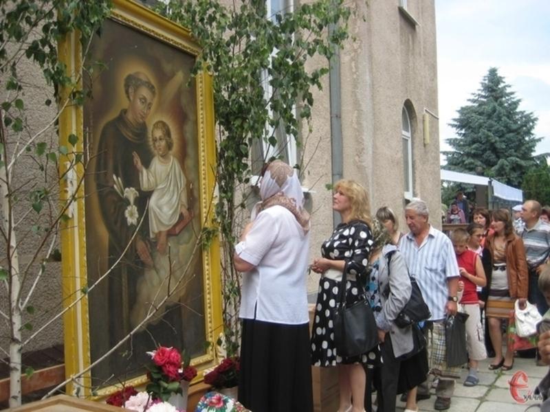 13 червня у Городок приїжджають паломники, щоб побачити ікону Святого Антонія Падуанського