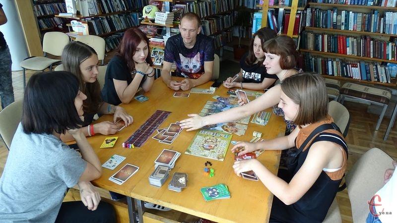 Фінал відбудеться у Хмельницькій бібліотеці для юнацтва, що на вулиці Свободи