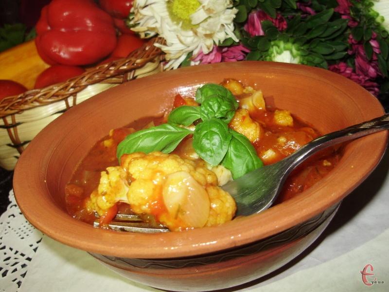 В результаті виходить соковите сабджі — класика індійської ведичної кухні, страва, яка нагадує пряне овочеве рагу.