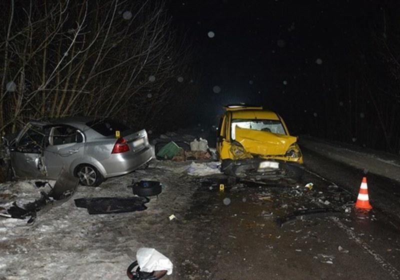 У ДТП на Хмельниччині загинула людина.