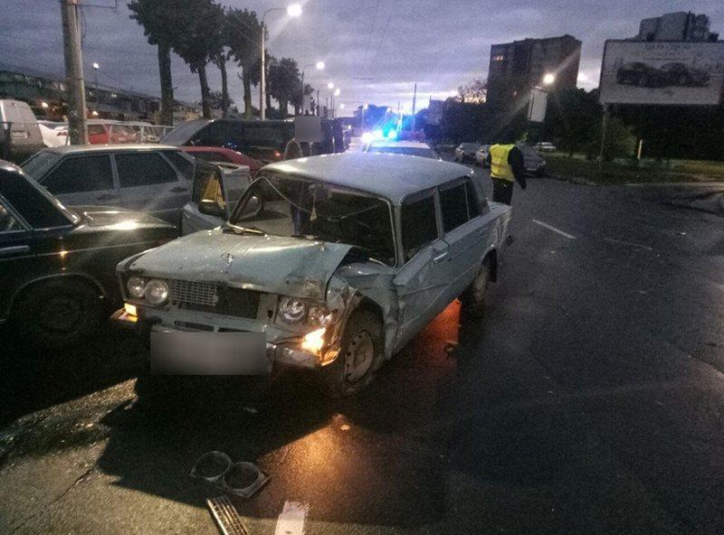 Внаслідок ДТП постраждав 19-річний юнак