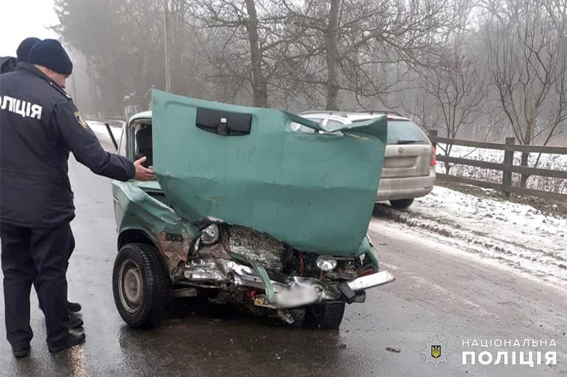 Аварія сталася в селищі Віньківці по вулиці Лісовій