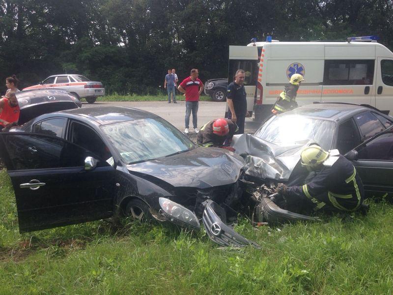 У ДТП постраждало четверо осіб - двоє водіїв та двоє пасажирів