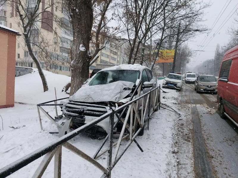 Люди в аварії не травмувалися