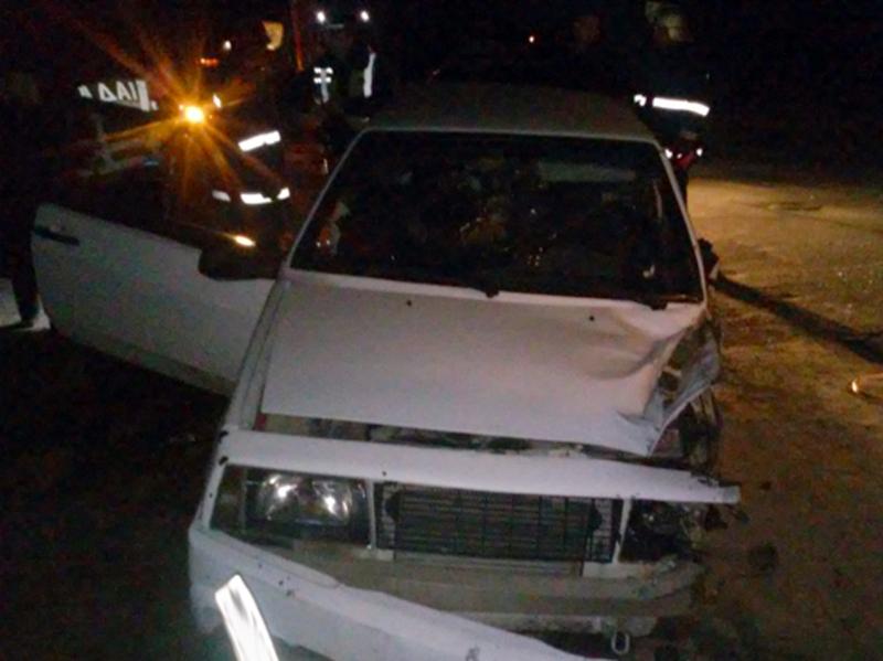 Внаслідок автопригоди 34-річного водія легковика було заблоковано конструкцією автомобіля.