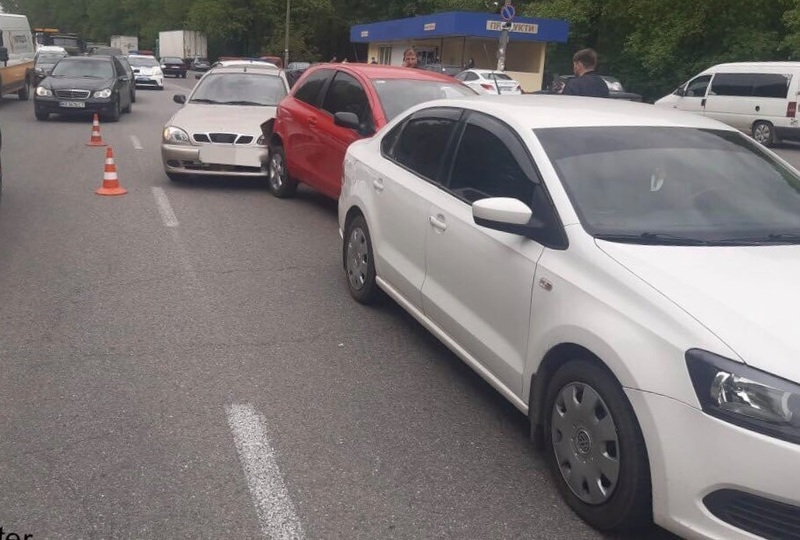 ДТП сталася на вулиці Старокостянтинівське шосе