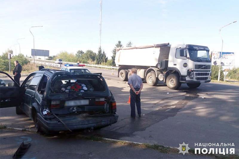 Аварія сталася на в'їзді в місто Старокостянтинів
