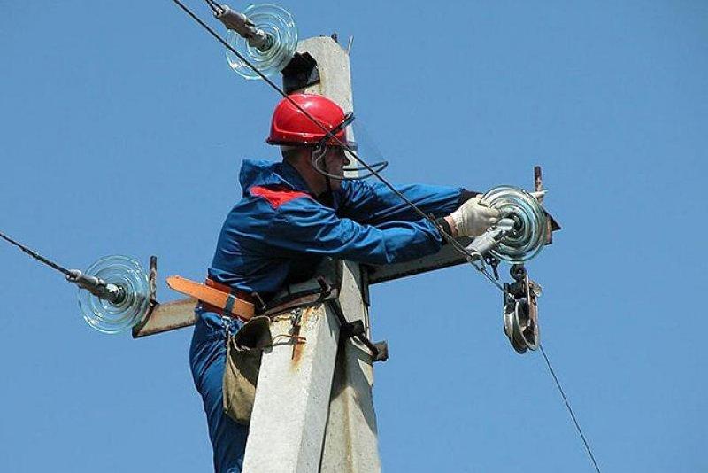 Електрики проводитимуть чистку траси
