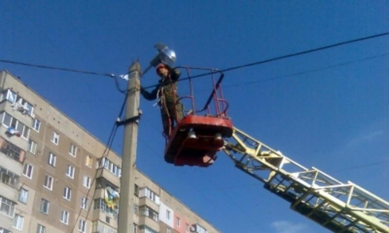 31 серпня на деяких вулицях Хмельницького тимчасово вимкнуть електрику