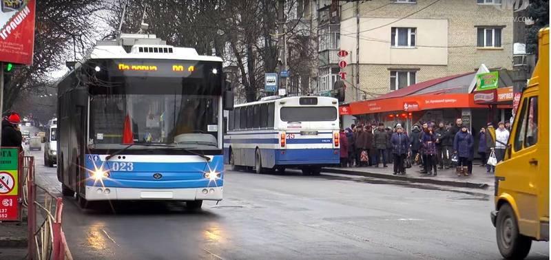 Одна із одниз розумних зупинок буде становлена на вулиці Подільській