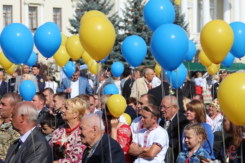 Урочисті події до Дня Незалежності проходять у Хмельницькому на майдані