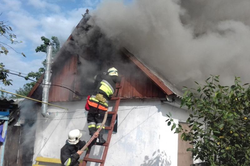 Протягом доби 24 серпня вогнеборці області гасили пожежі в різних районах області