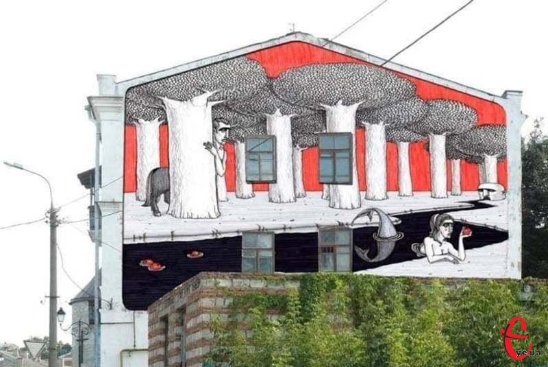 У 2011 році 18 вересня в Кам'янці-Подільському завершився перший фестиваль «Республіка». Під час художньої частини фесту на стінах будинків з'явилися мурали