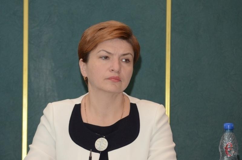 Інна Петрівна каже, після того, як звернення підтримають її колеги, воно буде передано депутатам Верховної Ради.