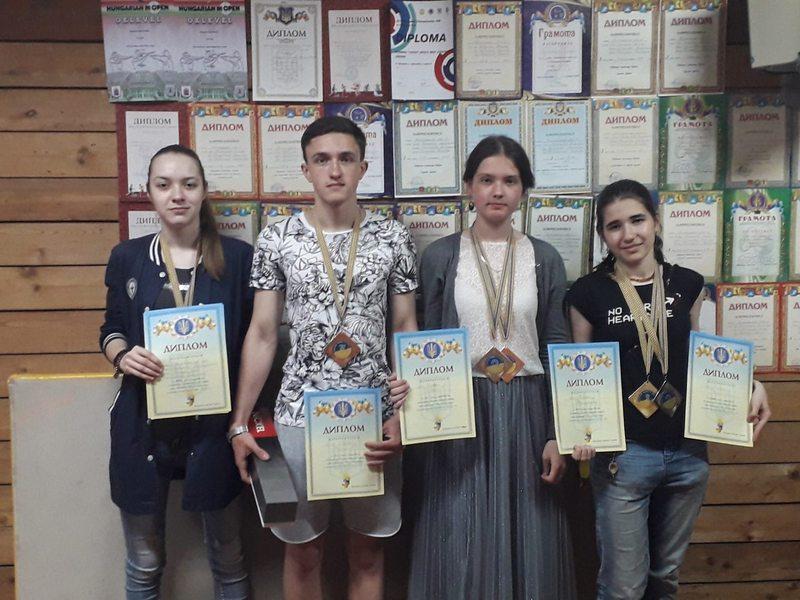 Шість медалей здобули учні обласної ДЮСШ