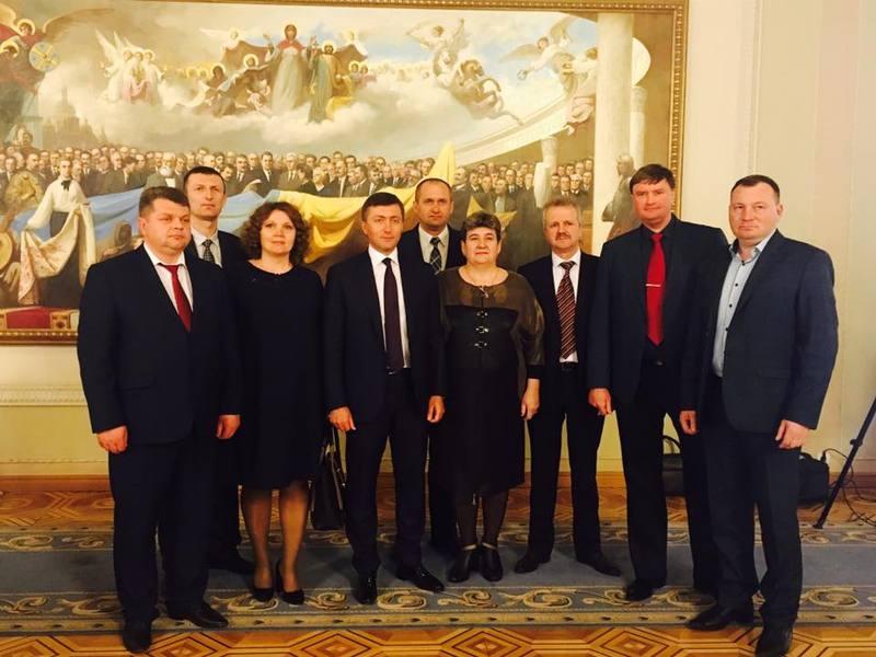 Під час брифінгу із Сергієм Лабазюком, представники влади на місцях зазначили, завдань багато, а ось інструментів для їхнього виконання мало