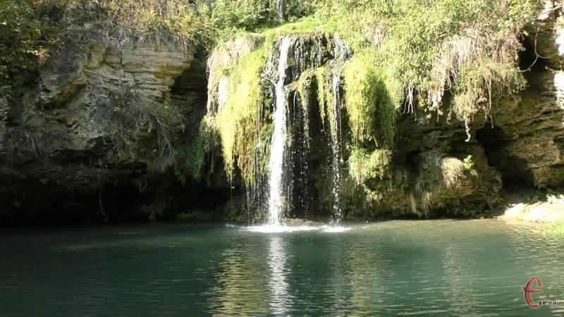 Водоспад Бурбун знаходиться біля села Лисець Дунаєвецького району