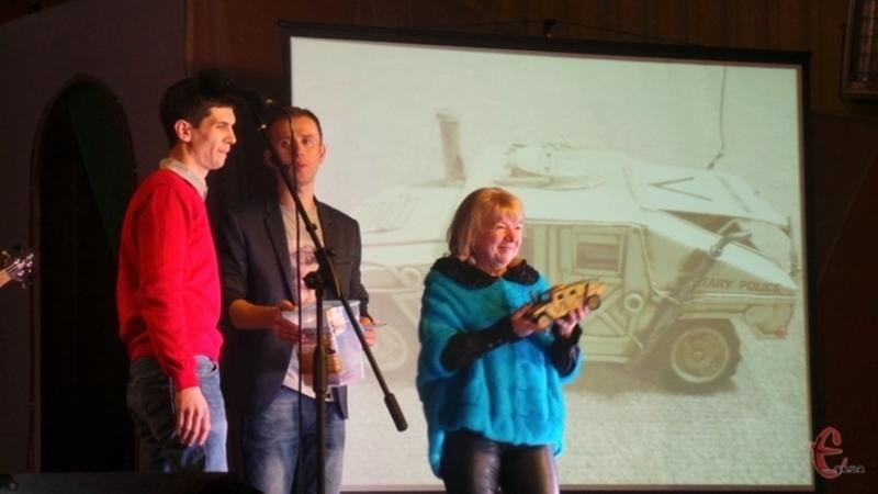 Минулого року за колекційний іграшковий автомобіль Кузьми виручили 5 тисяч гривень