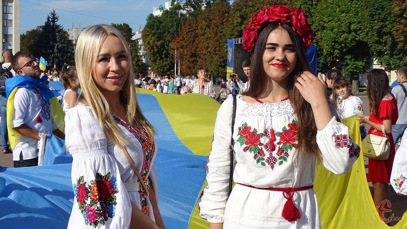 Парад вишиванок у Хмельницькому відбувся 11 раз поспіль
