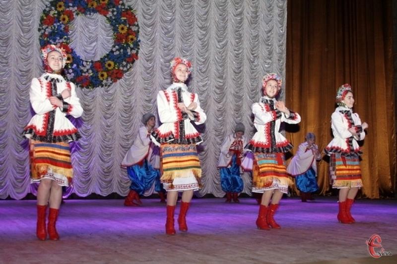Хмельницький представить ансамбль танцю «Подолянчик»