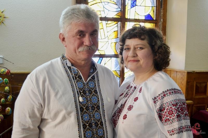 Традиції Яворівської іграшки відроджує подружжя майстрів з Хмельницького