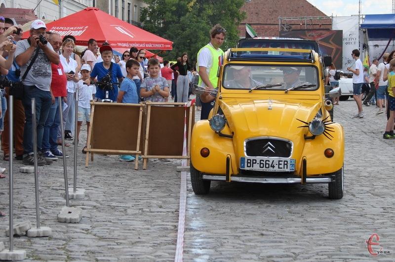 Після РетроФесту до Кам'янця-Подільського знову завітають старовинні автомобілі