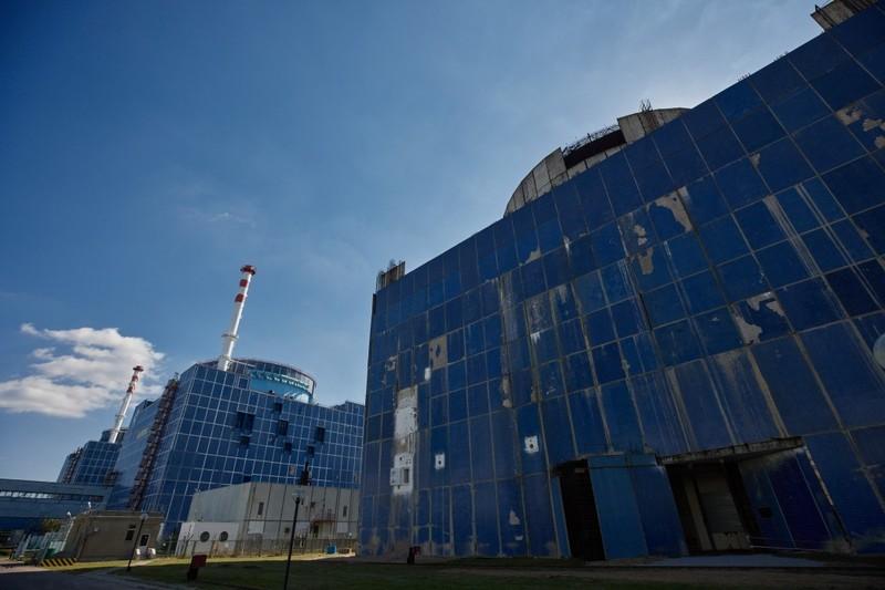 Впродовж двох місяців урядовці мають винести на розгляд парламенту законопроєкт щодо добудови енергоблоків Хмельницької АЕС