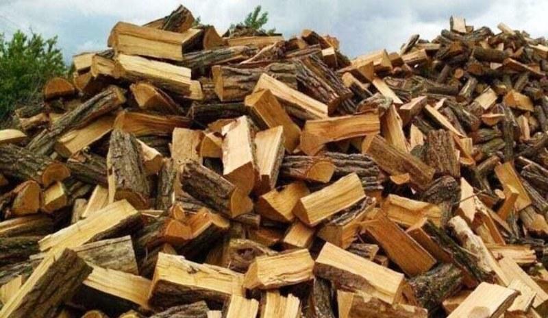 Під час купівлі дров жінку ошукали шахраї