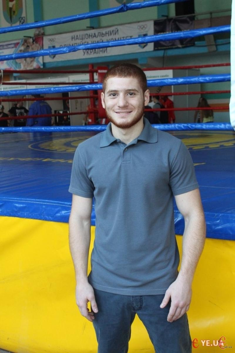 Боксер Мгер Оганісян виграв чемпіонат України у ваговій категорії до 64 кілограмів