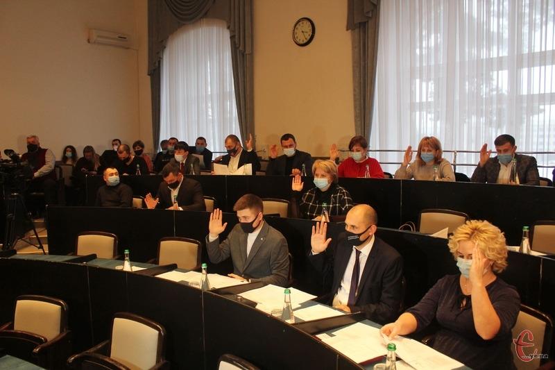 Нові депутати мають замінити своїх попередників, які 8 грудня склали свої повноваження