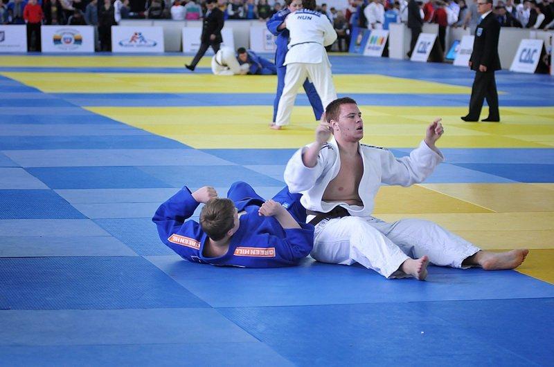 Дві срібні та олну бронзову нагороди здобули спортсмени з Хмельниччини на чемпіонаті України з дзюдо