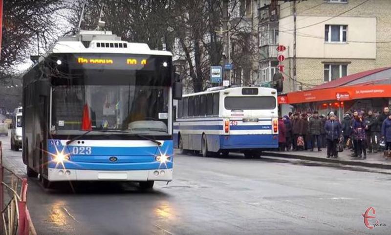 Валідаторами укомлектують як комунальний так і приватний транспорт