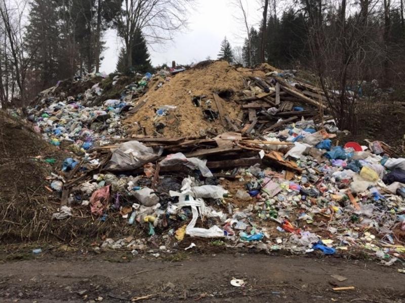 Хмельничани фіксують стихійні смітники на онлайн-карті