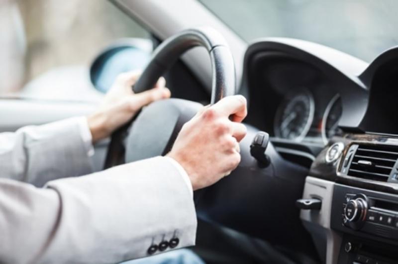 Колишнього директора комунального підприємства Хмельницької обласної ради судитимуть за привласнення двох службових автомобілів