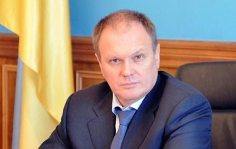 Володимир Шандра, який, фактично, з 2002 по 2007 роки очолюв штаб Віктора Ющенка на Хмельниччини, тепер став радником Петра Порошенка