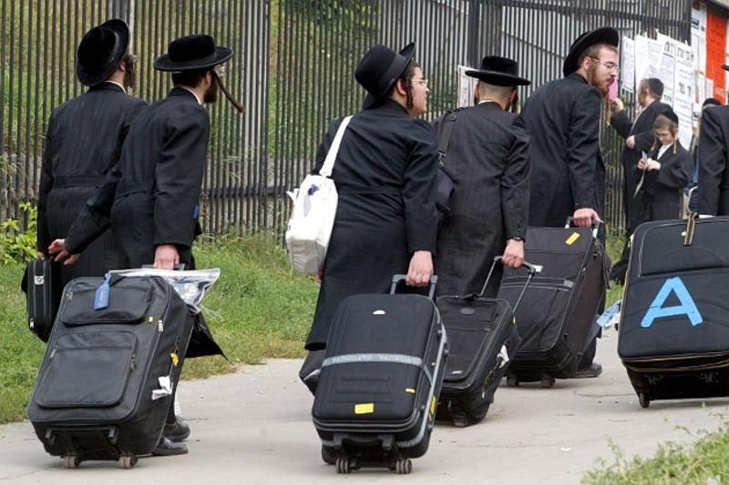 Евреи уезжают из России