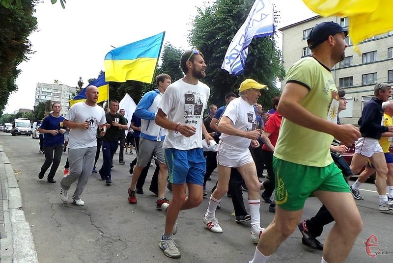 У Хмельницькому фінішував Всесвітній біг заради гармонії в Україні