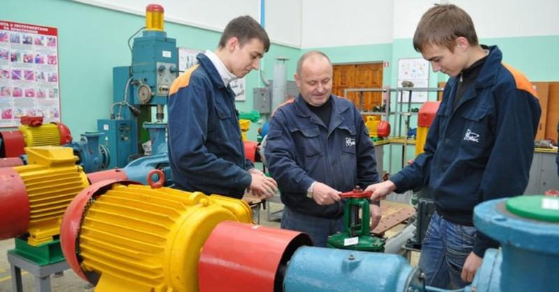 Середня вартість навчання одного учня у професійно-технічному закладі міста становить 32 тисячі гривень
