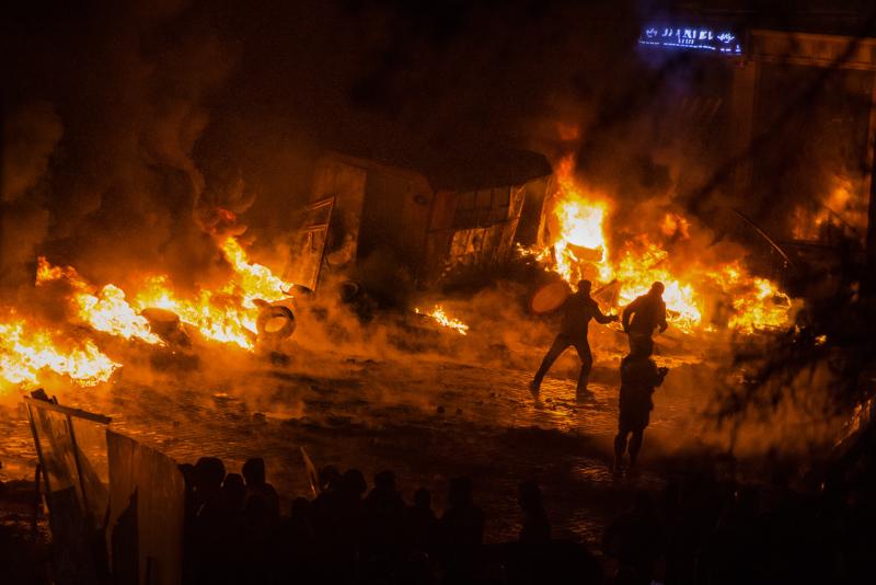 Відчув Сергій Бусленко й справжню небезпеку, коли під час активного протистояння люди почали палити автомобільні скати