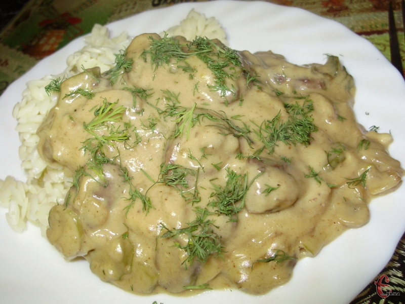 Традиційний гарнір для фрікасе – рис.