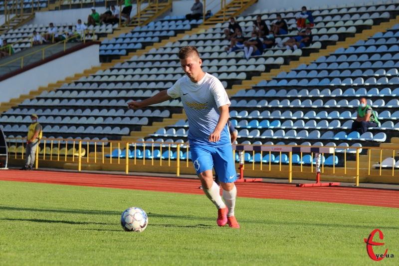 Руслан Черненко, відзначившись у воротах Крмаматорська, забив свій перший гол у новому чемпіонаті