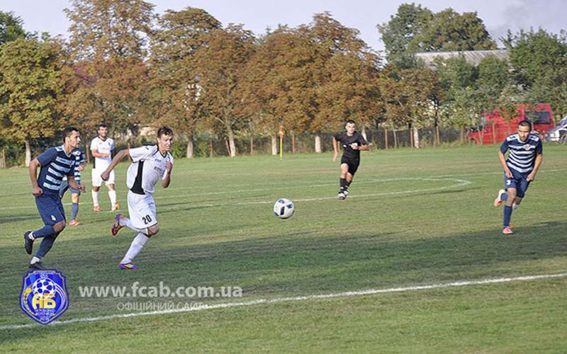 Микола Темнюк (№20) забиває в кожному матчі по одному голу