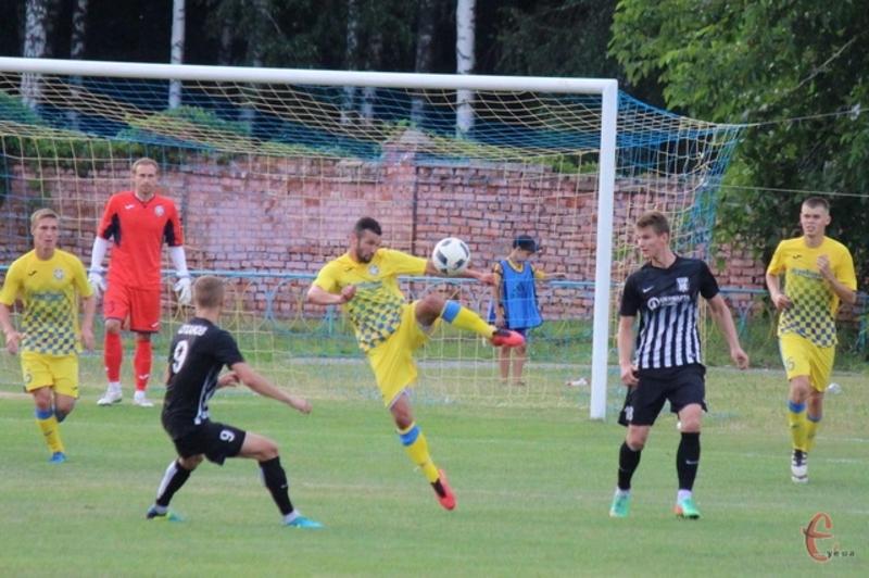 Єдиний гол у ворота Карпат в складі Агробізнеса забив Андрій Скакун