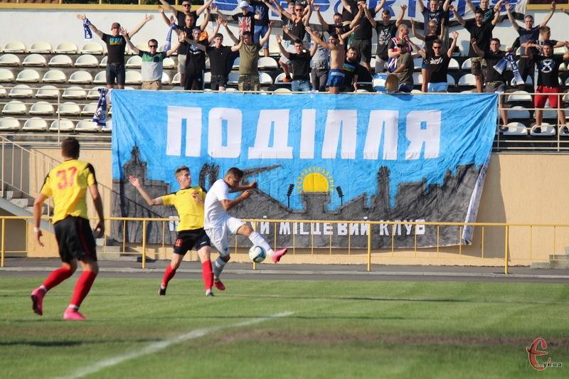 У новому сезоні в другій лізі чемпіонату України з футболу гратиме не лише хмельницьке Поділля, а й Агробізнес з Волочиська